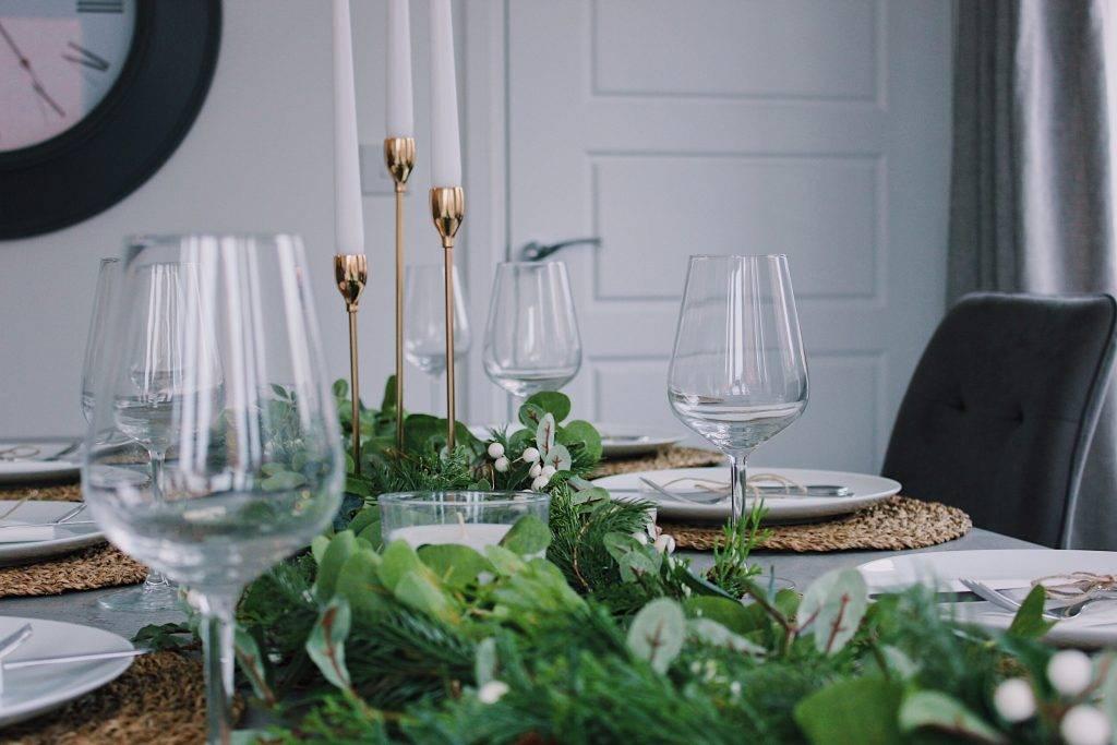 Table verres de vin